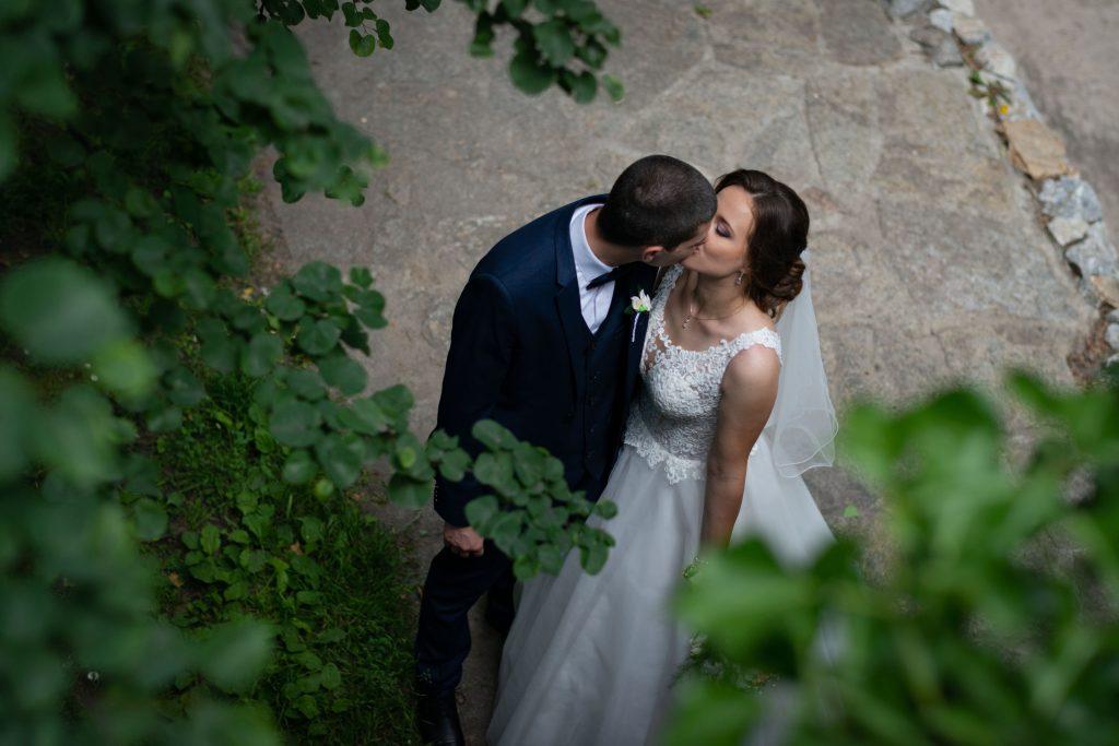 Снимане на сватба с мобилен телефон