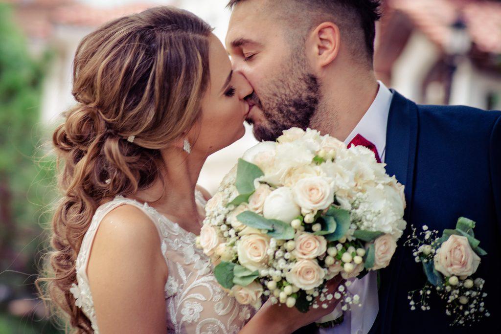 Обработка на Снимки във сватбената фотография